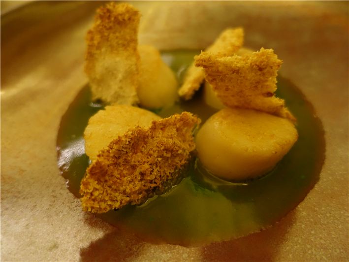 scallops and white truffle